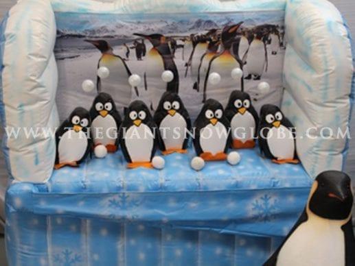 Penguin Floating Balls