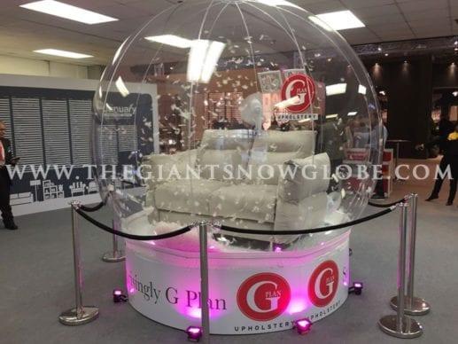 Sofa Display Globe